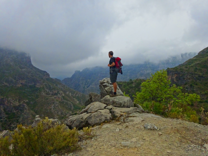 Lifelong Vagabonds hiking the Rio Verde trail